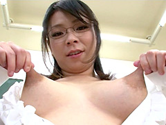 母乳奥様 のび~る乳首コレクション3