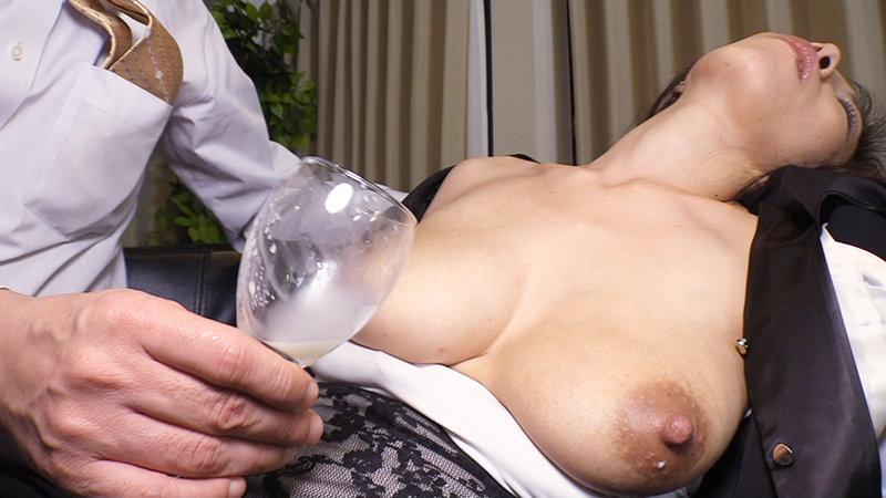 昏睡母乳~無抵抗ミルク搾り