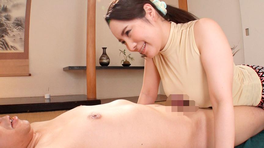 乳房に顔埋めながらベロンベロンに乳首舐められ続ける。