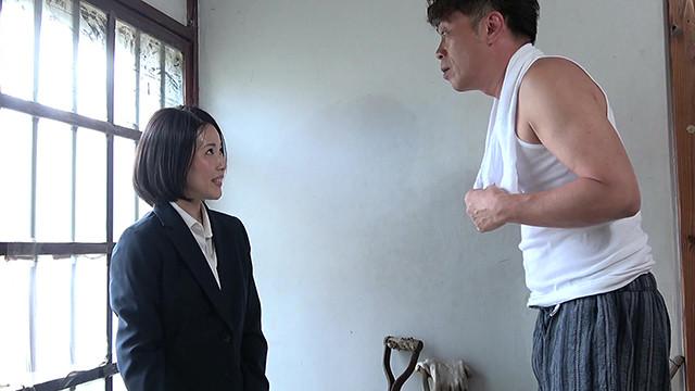 昭和猥褻官能ドラマ 先生は教え子の父親に陰部を見られ