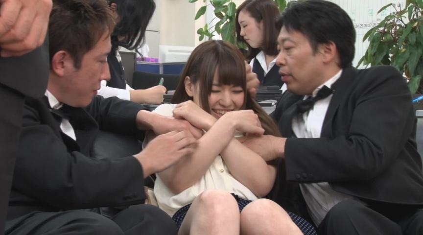 ザ・面接 人妻 熟女 限定14人4時間貞淑妻が淫欲全開! 画像 1