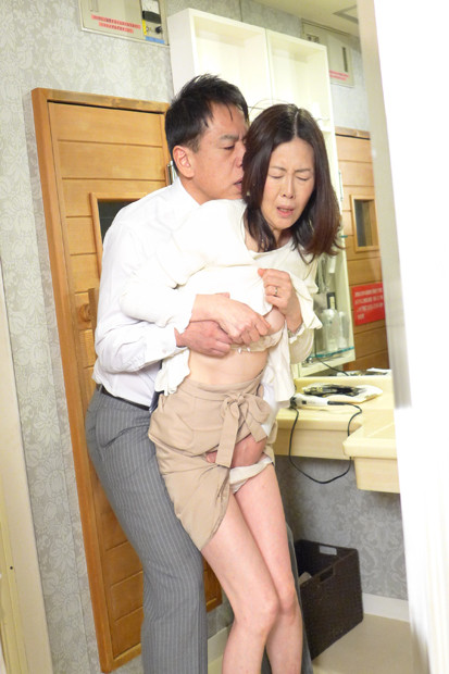 IdolLAB | athena-0488 スーパーで働く五十路妻は店長にお尻の穴まで狙われる