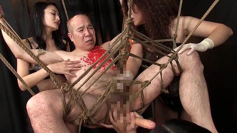 絶頂処刑台の雄 残酷な淫女と発狂しながらイク男