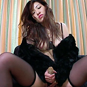 生垂れる熟女のBODY SHOCK 加賀雅