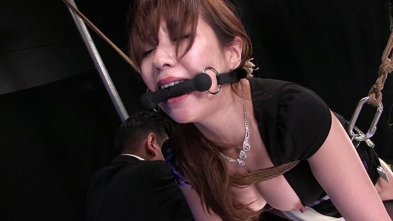 女王蹂躙地獄 vol.17 奴隷堕ちのマダムXは残虐に哭くサムネイル10