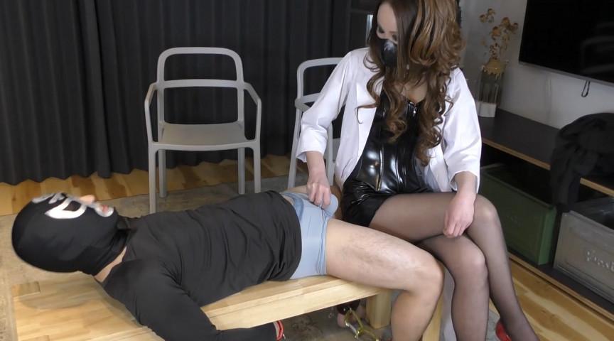IdolLAB | ballbusting-0016 綺羅女医のスパイ男拷問