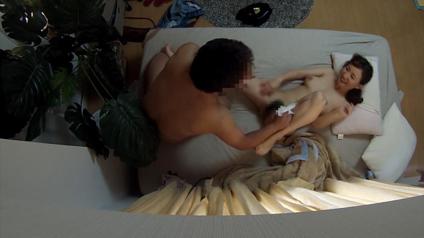ナンパ連れ込み素人妻 ガチで盗撮無断で発売 BEST 画像 3