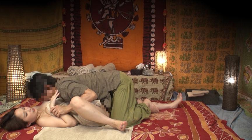 素人人妻をタイ古式マッサージと偽り中出し 江戸川区編 画像 3