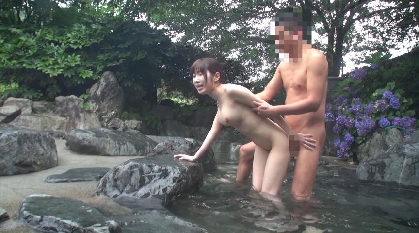 超汗だく温泉セックス!パーフェクトボディ妻と露天風呂でスリルある浮気ハメ。4時間15人 の画像15