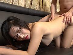 韓国で見つけた彼女。眼鏡で隠した美貌と隠れ巨乳は揉んで良し!揺れて良し!見た目通りの従順さはどこまでヤラれても無垢な希少種!セボン&チェリン