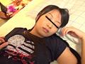 睡眠薬で妹を眠らせて貪り尽くす鬼畜兄の近親相姦映像サムネイル2