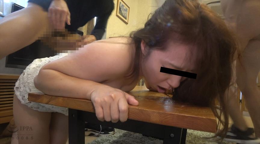 保育所帰りの人妻尾行押し込み母乳二穴レイプ映像 3枚目