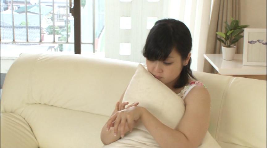 大きな乳と大きなオナラの女の子 画像 2
