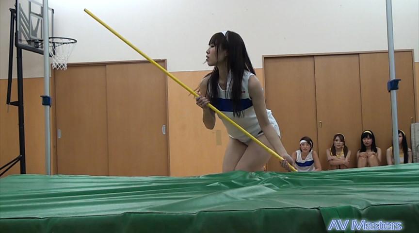 女の子の裸足で体育 画像 9