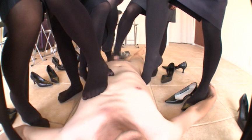Hyper pumps & tights fetish 蒸れて臭い立つ OL黒タイツのつま先消臭強要 足で支配される屈辱 の画像8