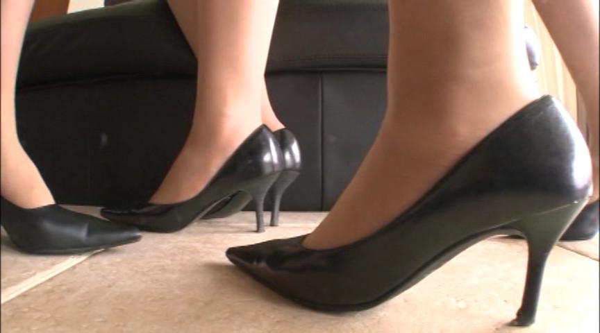足臭折檻 ムレた足の臭いを嗅がされるお仕置き。 画像 6