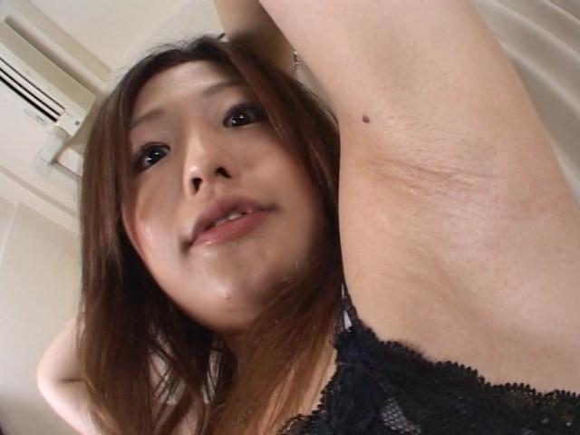 女の酸っぱいワキ臭責め 画像 7