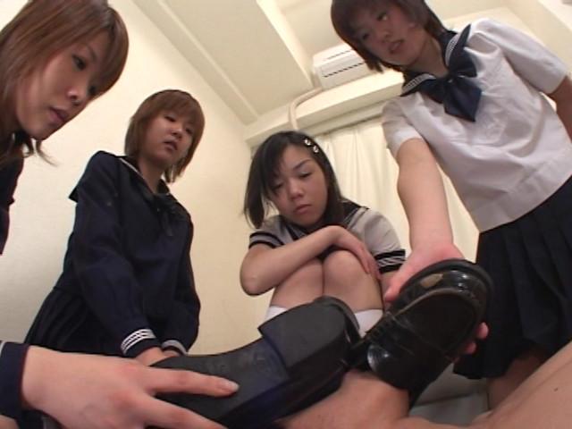 女子校生のすっぱいお仕置き の画像11