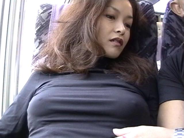 熟女野外露出1 美人秘書のサンプル画像