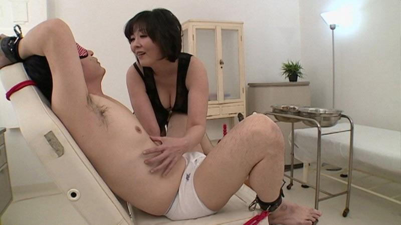 高級痴女サロン~快楽練達者の居るお店~ 円城ひとみ 画像 18