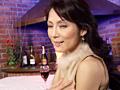 熟女逆ハーレムクラブ 神名ひとみのサムネイルエロ画像No.6
