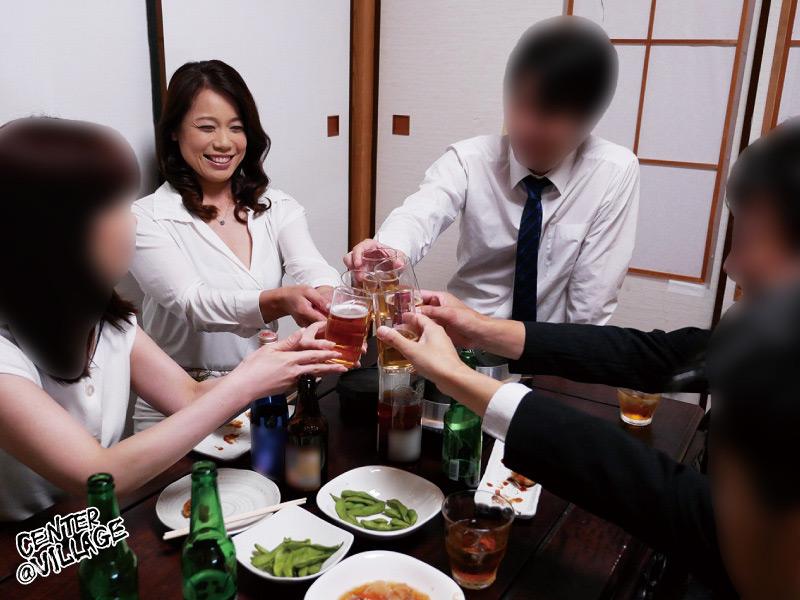 夫が出張でいない3日間…何度もイキました。 里崎愛佳サムネイル01
