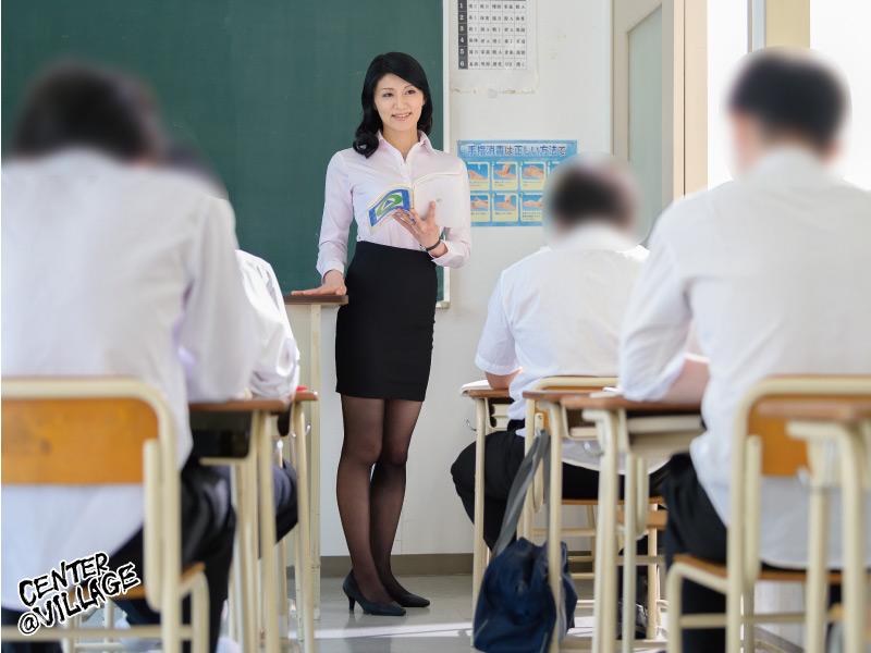 声が出せない絶頂授業で10倍濡れる人妻教師