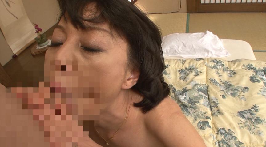 肉地蔵と昭和母のねっとり激情中出し姦通 30人8時間