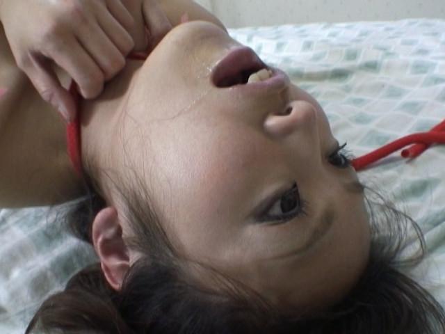 首絞めパニックのサンプル画像