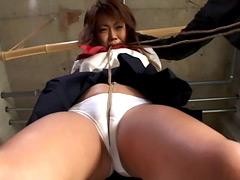 女の筋道に食い込む麻縄 股縄責め烈伝2