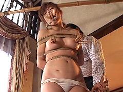 咽び泣く妖艶熟女たちの鞭打ち調教ベスト