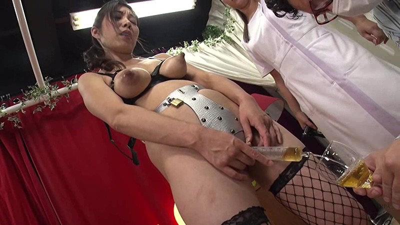 黒長乳首同性母乳搾り 尻穴でマゾイキするアナル奉仕妻 画像 17