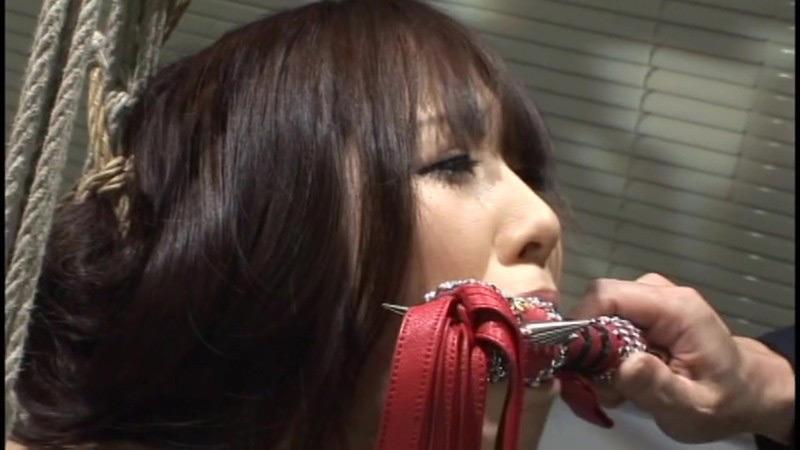 咽び泣く妖艶熟女たちの鞭打ち調教ベスト5 画像 7