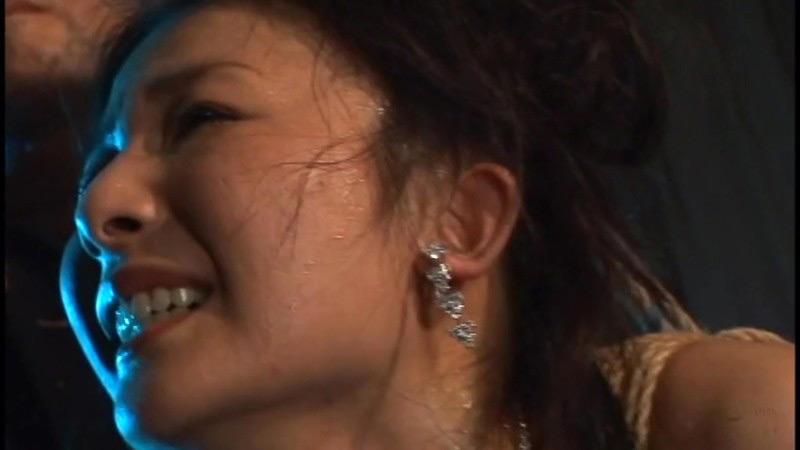 咽び泣く妖艶熟女たちの鞭打ち調教ベスト5 画像 14