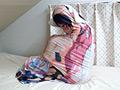 抱き枕に女子が入っているなんてありえない 桜庭うれあ