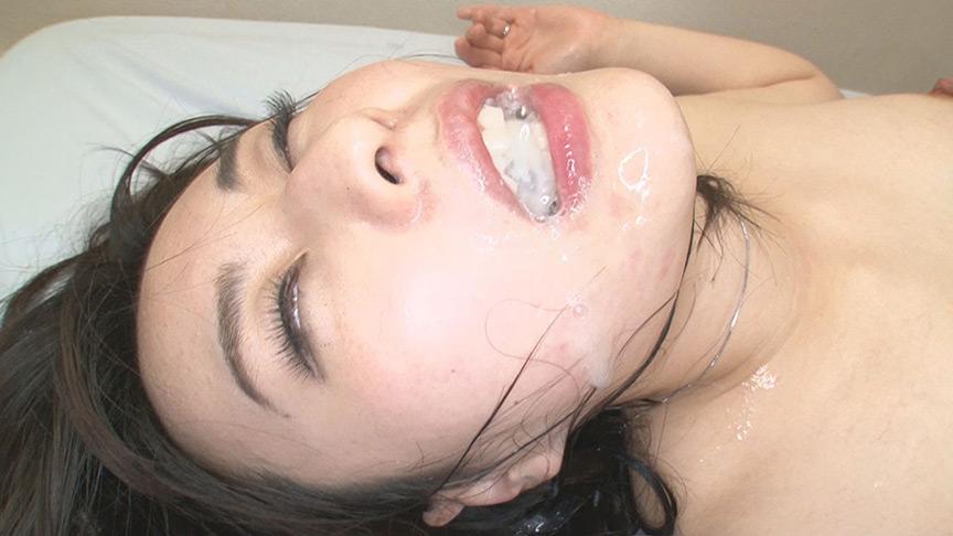 夫に内緒で他人棒SEX 淫乱アヘ顔巨乳妻 ほのかさん 画像 9