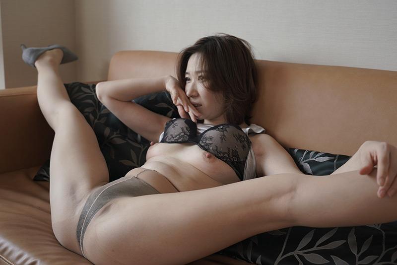 夫に内緒で他人棒SEX特別編ドMな中国人妻 鈴麗さん 画像 1