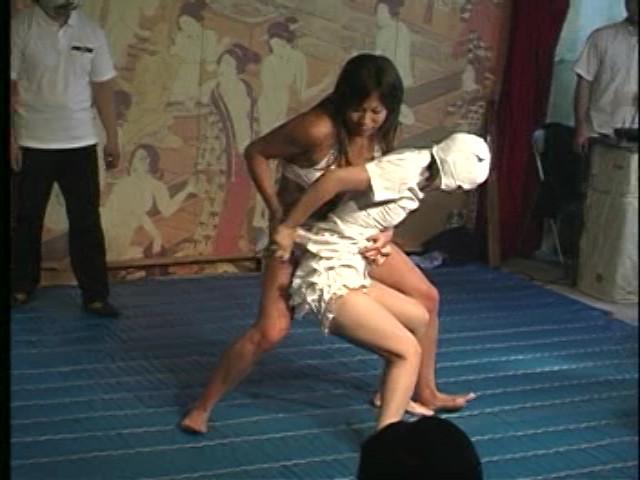 【個人撮影】※これヤバいわ※パチンコ依存症の人妻が借金返済の為に円光する一部始終