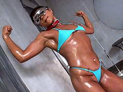 筋肉:変態筋肉熟女