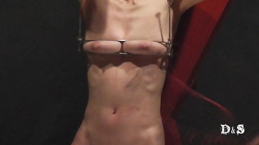 続・絶望したい女 レザーウィップ一本鞭 の画像6