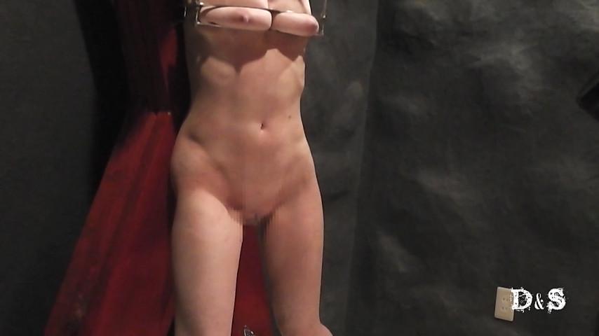 続・絶望したい女 レザーウィップ一本鞭 の画像8