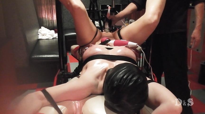 『絶望したい女 電マ鞭打ち拷問・絶頂地獄』サンプル画像 0008