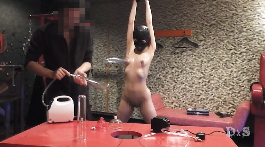 エリート変態女 ポンプで吸引・高圧電気責め:画像(3)