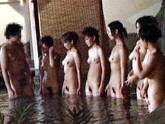 絶対ヤれる援交混浴温泉教えます