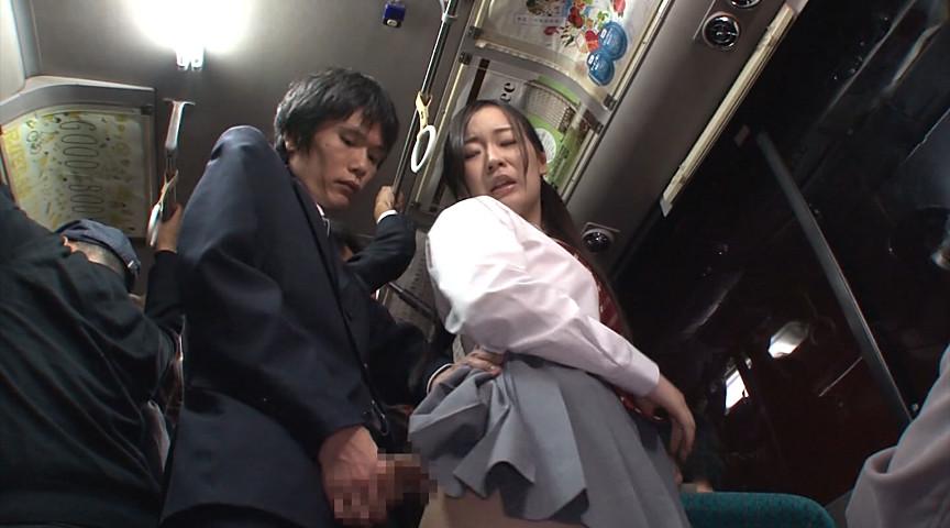 「立ってるだけでもハミでちゃう無防備なミニスカむちむち女子校生の喰い込み肉尻がエロすぎて勃起したらヤられた」 VOL.1 の画像9