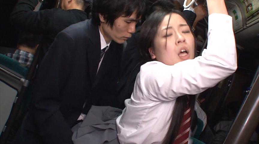 「立ってるだけでもハミでちゃう無防備なミニスカむちむち女子校生の喰い込み肉尻がエロすぎて勃起したらヤられた」 VOL.1 の画像6