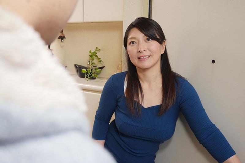 熟女優 松沢ゆかり44歳が自宅で筆おろしのお手伝いのサンプル画像