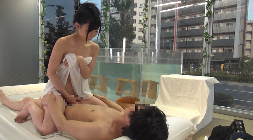 マジックミラー号 友達同士で初めての混浴温泉 in池袋 画像 10