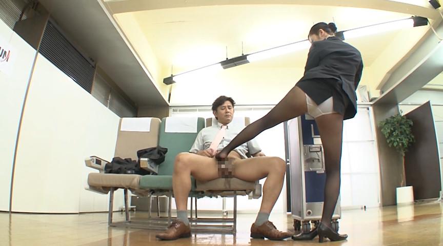品格のあるキャビンアテンダントの美脚ガニ股研修2 画像 6