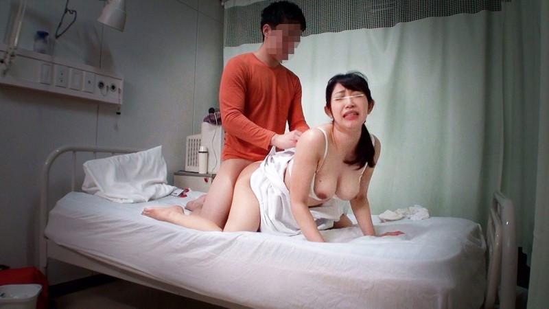一般男女モニタリングAV 夜勤中の看護師が逆夜這い2のサンプル画像